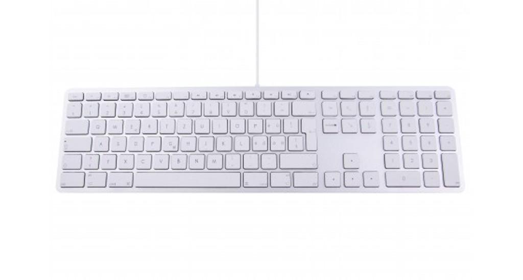 LMP kabelgebundene USB Tastatur mit Zahlenblock Spanien   DataWorld